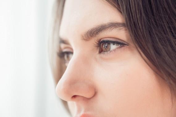 小鼻 角栓の原因