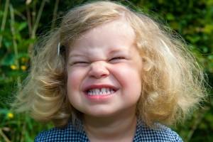 表情筋トレーニングでたるみ毛穴対策
